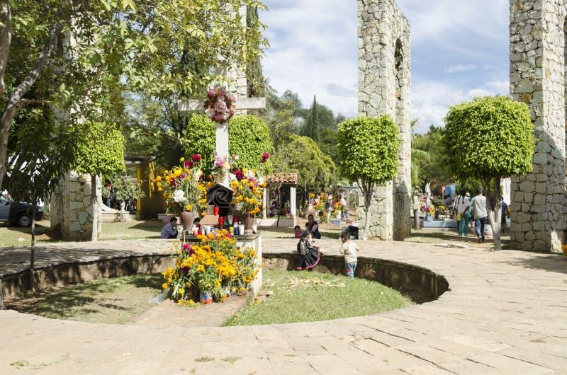 Kirchhof in Oaxaca, Mexiko stockbilder