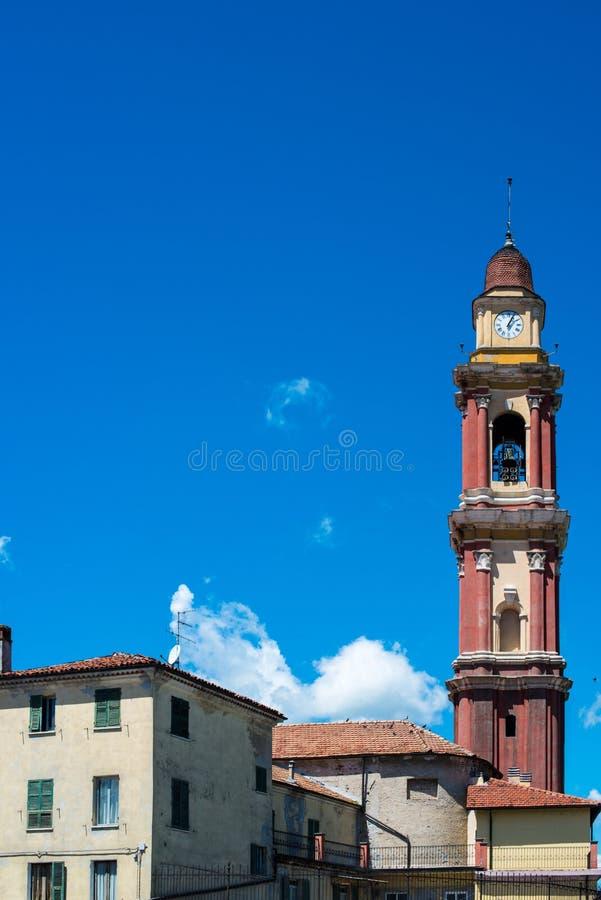 Kirchturm in Kairo Montenotte, Ligurien lizenzfreies stockfoto