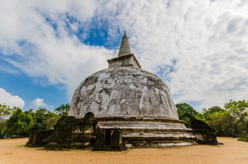 Kiri Vehera Dagoba, ciudad antigua de Polonnaruwa, sitio del patrimonio mundial de la UNESCO, Sri Lanka, Asia fotografía de archivo libre de regalías
