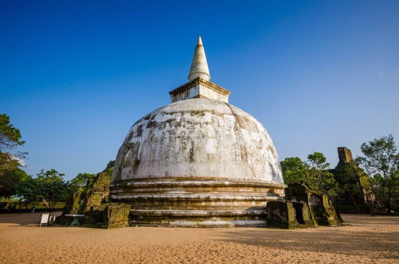 Kiri Vehera Dagoba forntida stad av Polonnaruwa, UNESCOvärldsarv, Sri Lanka, Asien arkivfoto