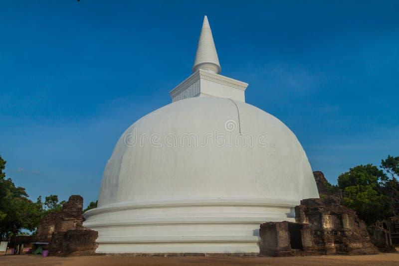 Kiri Vihara i den forntida staden Polonnaruwa, Sri LAN fotografering för bildbyråer