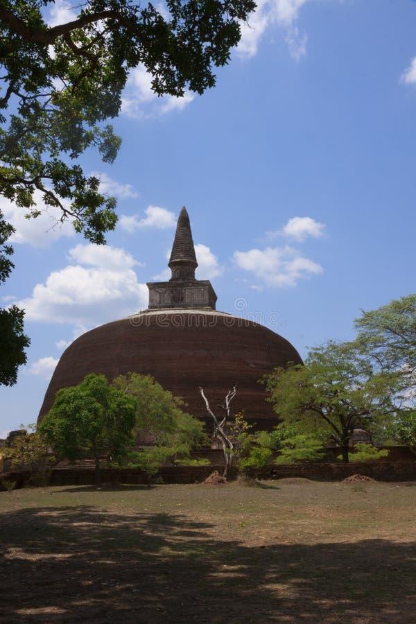 Kiri Vihara i Polonnaruwa eller Pulattipura den forntida staden, kungarike royaltyfri fotografi