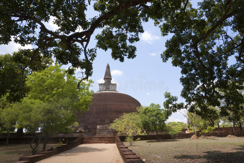 Kiri Vihara i Polonnaruwa eller Pulattipura den forntida staden, kungarike fotografering för bildbyråer