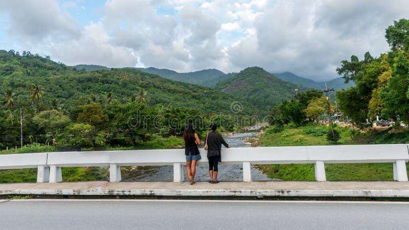 Η γέφυρα σε Kiriwong Ταϊλάνδη στοκ εικόνες