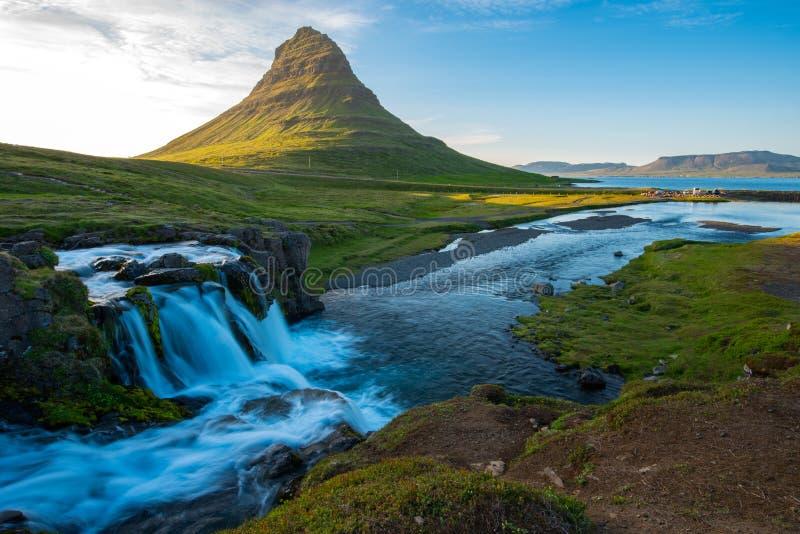 Kirkjufellberg, Snaefellsnes-schiereiland, IJsland stock afbeeldingen