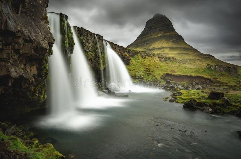 Kirkjufellsfoss fotografia stock libera da diritti