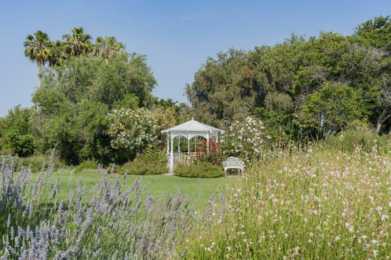Kisok i kwiatu okwitnięcia południowego wybrzeża ogród botaniczny fotografia stock