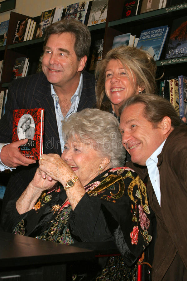 Kiss,Beau Bridges,Lucinda Bridges,Jeff Bridges,Dorothy Bridges royalty free stock image