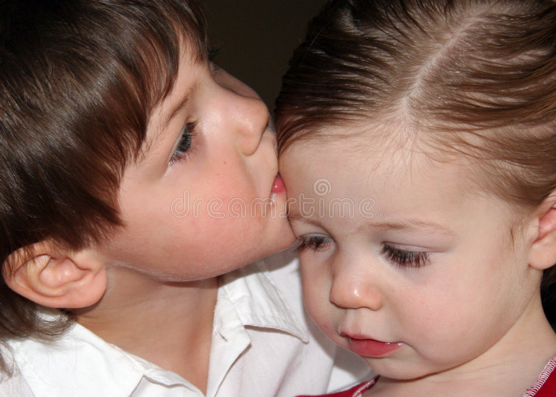 KissesFromBrother lizenzfreies stockbild