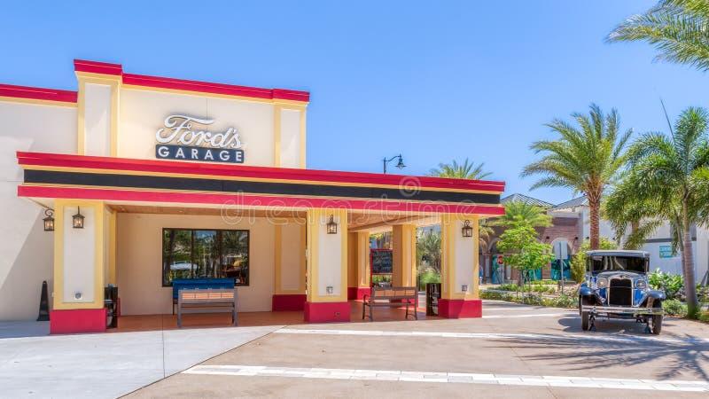 KISSIMMEE, FL, MAJ 29, 2019 Brodu garaż Restauracja dla hamburgerów i rzemiosła piwo blisko Margaritaville Uciekamy się Orlando _ zdjęcia stock