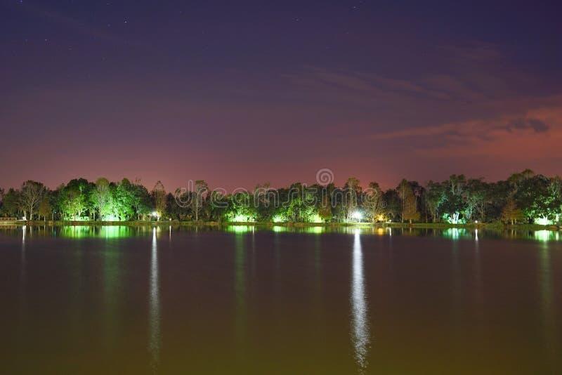 Kissimmee-Nacht lizenzfreies stockfoto