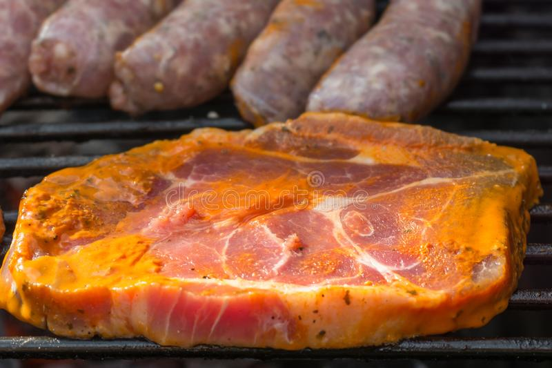 Kiszony stek na grillu obrazy stock