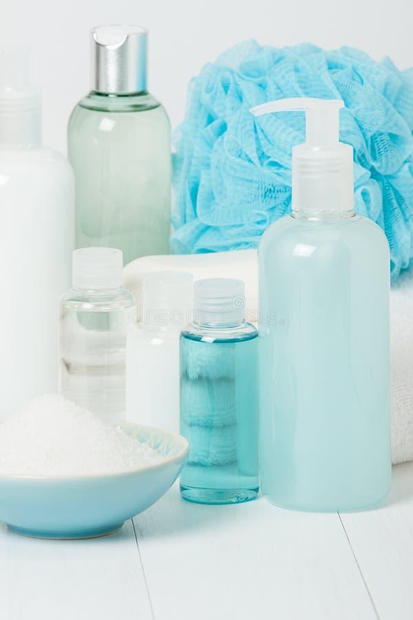 Kit de station thermale Shampooing, barre de savon et liquide Gel de douche Aromatherapy photo stock