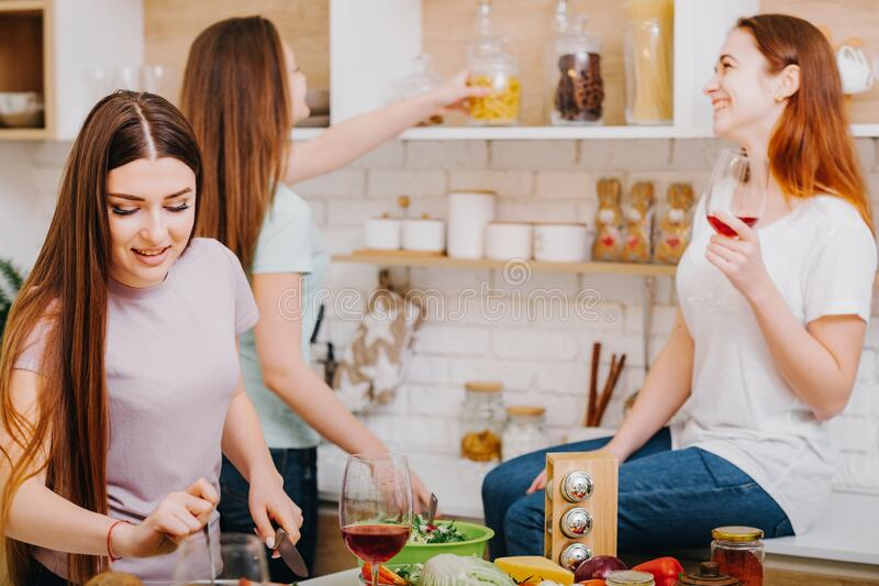 91 388 Kitchen Party Photos Free Royalty Free Stock Photos From Dreamstime