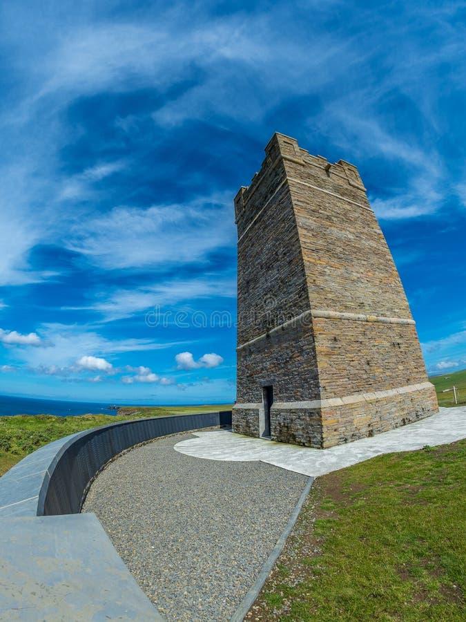 Kitchener-Denkmal, Orkney stockfotos