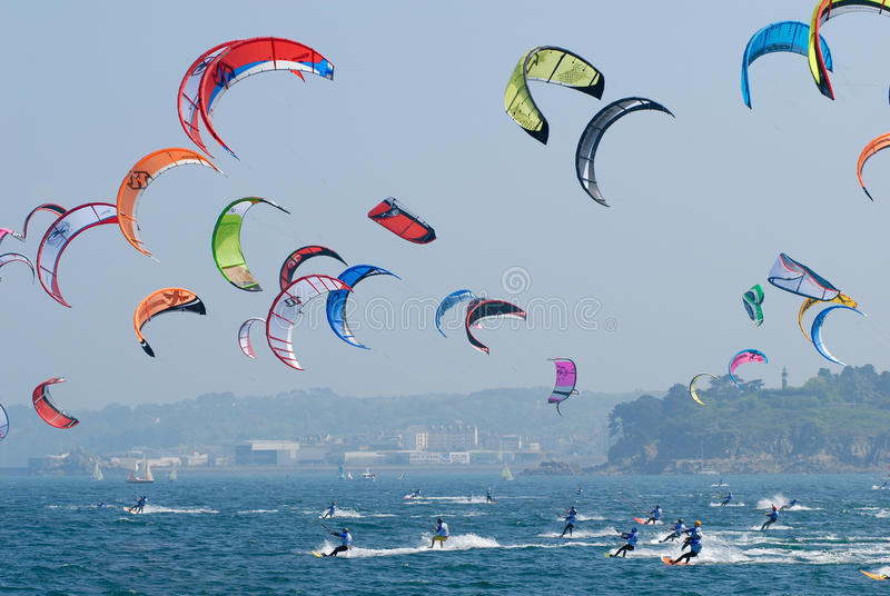Kite surf in douarnenez in brittany stock images