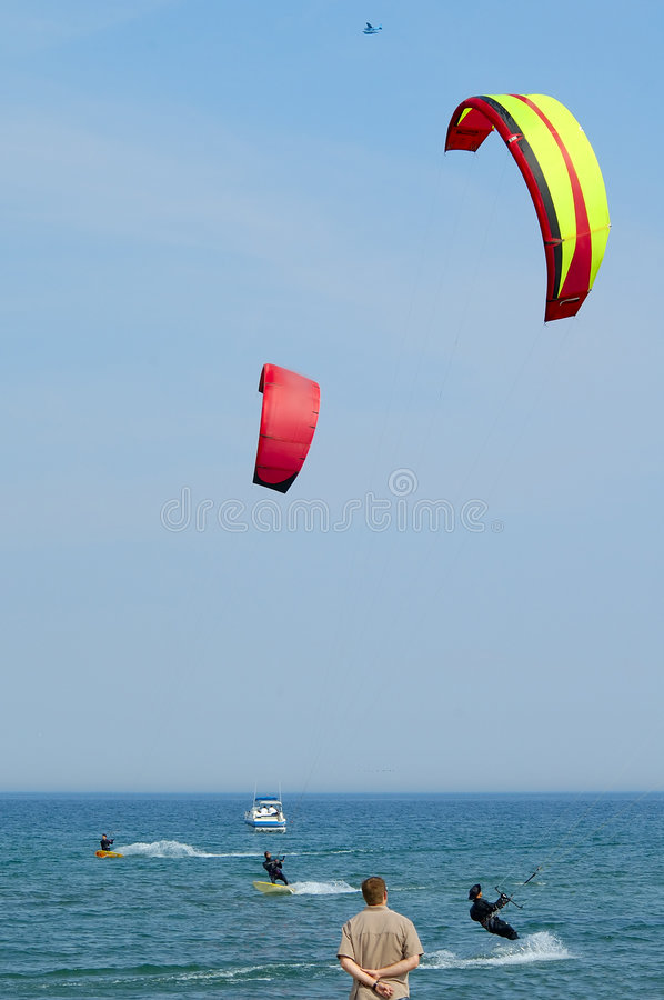Free Kite Surfing 2 Royalty Free Stock Photo - 137175