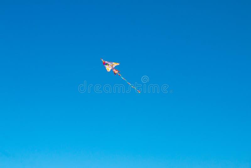 Kite vola in cielo immagine stock