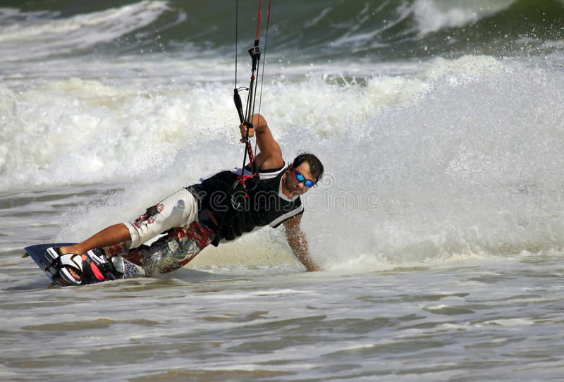 Kiteboarder fotografie stock libere da diritti