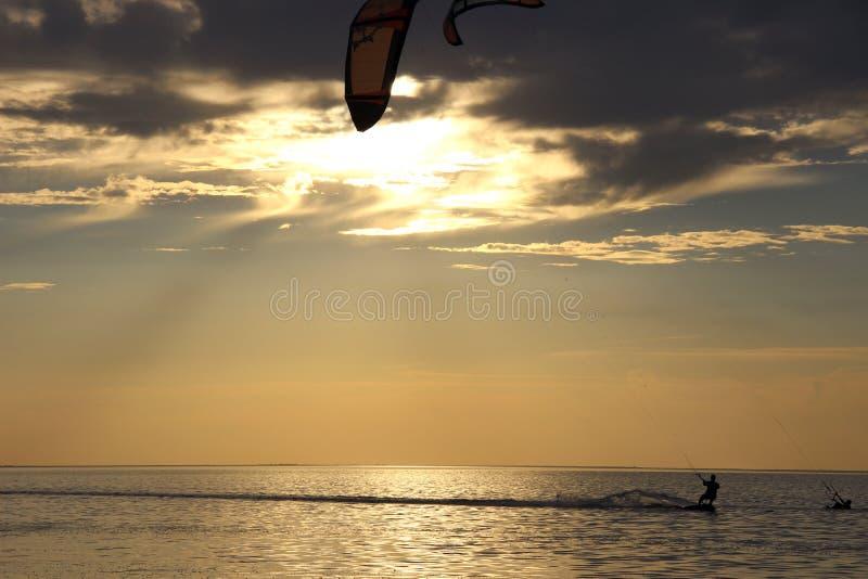 Kiteboarding imagens de stock