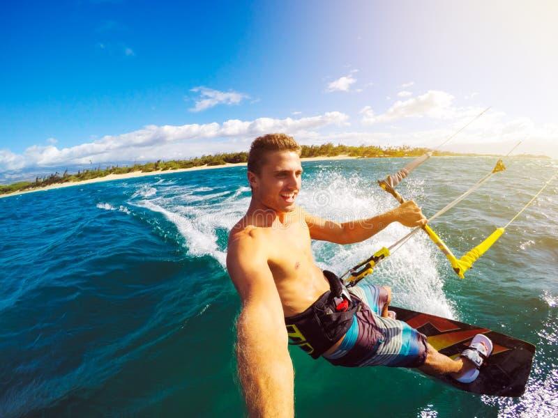 Kiteboarding, esporte de Extereme imagem de stock royalty free