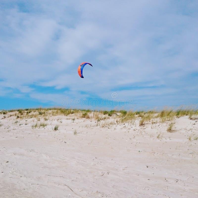 Kitesurf nöje fotografering för bildbyråer