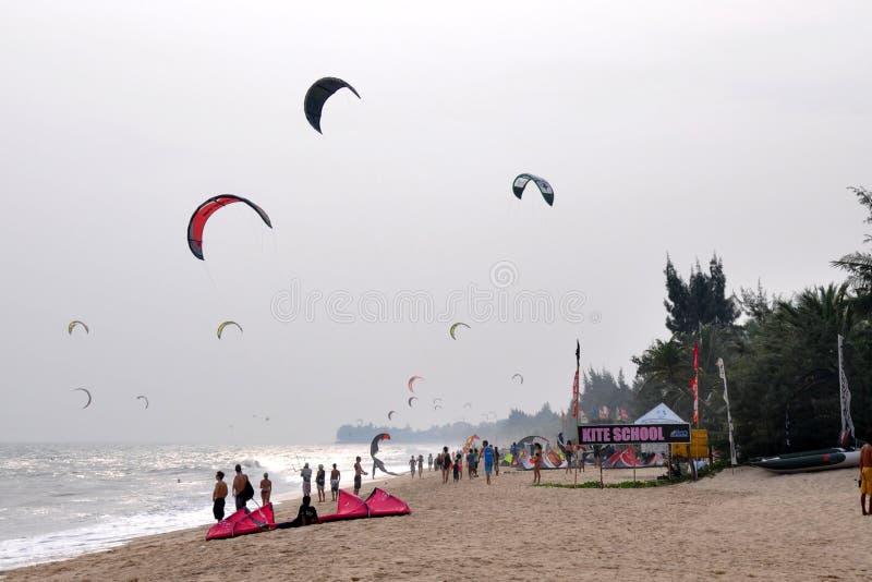 Kitesurf in Ne di mui fotografia stock