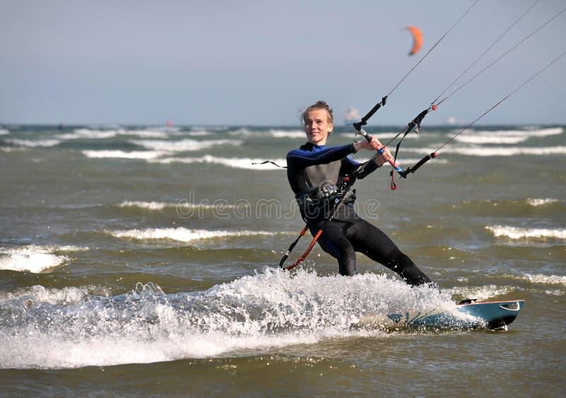 Kitesurfing в Дублине стоковые фото