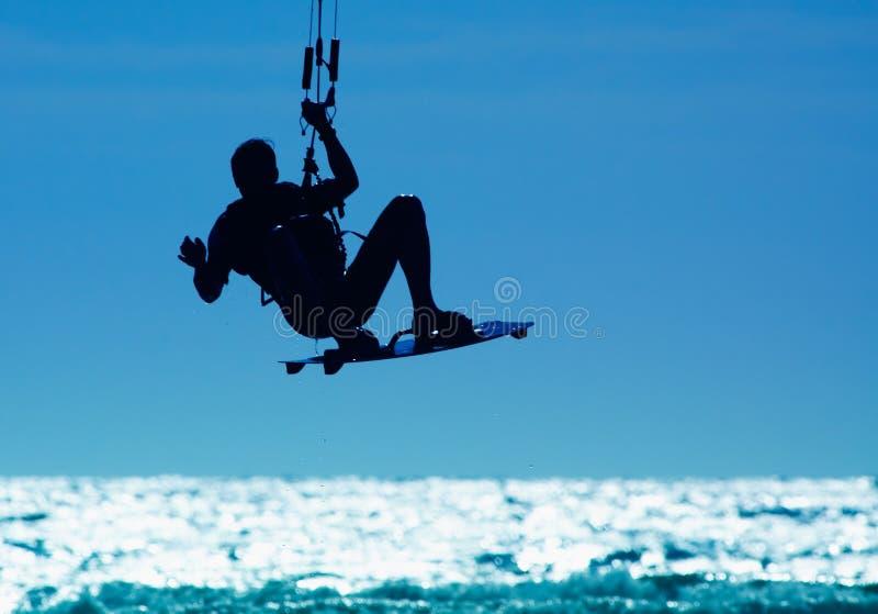 Kitesurfing royalty-vrije stock afbeelding