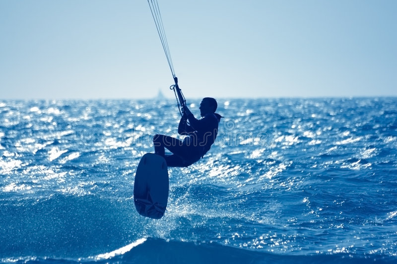 kitesurfing arkivfoton