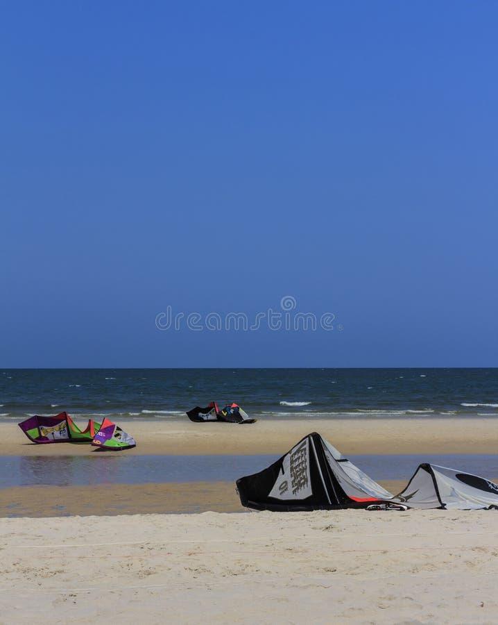 Kitesurfing royalty-vrije stock fotografie
