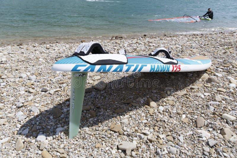 Kitesurfing стоковые изображения rf