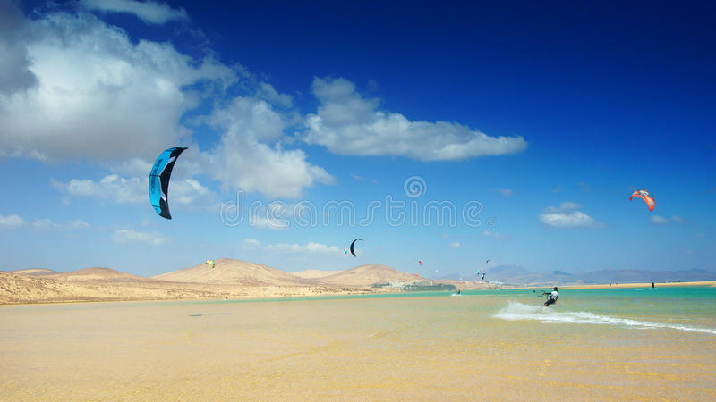 Download Kitesurfing in Sotavento editorial photo. Image of horizontal - 24978131