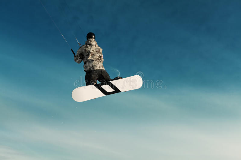 Kiting na snowboard na zamarzniętym jeziorze fotografia stock