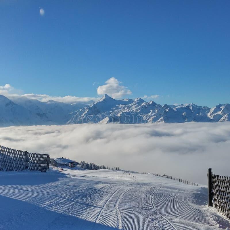 Kitzsteinhorn en las montañas imagen de archivo libre de regalías