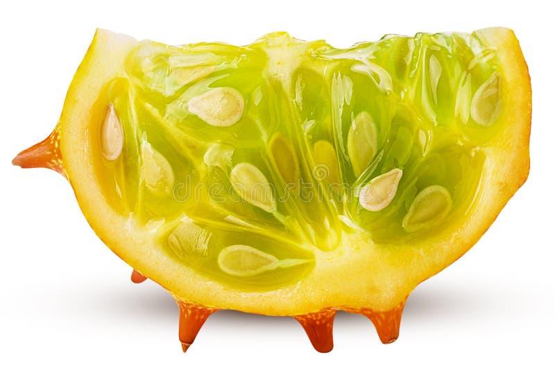 Kiwano, fetta cornuta del melone fotografia stock libera da diritti
