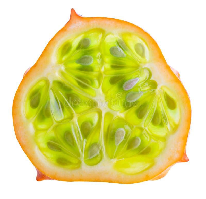 Kiwano, gehörnte Melone lokalisiert auf weißem Hintergrund stockfotografie