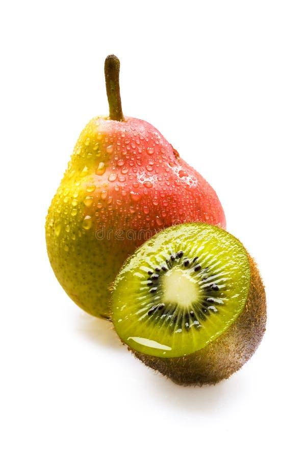 Kiwi et poire frais photos stock