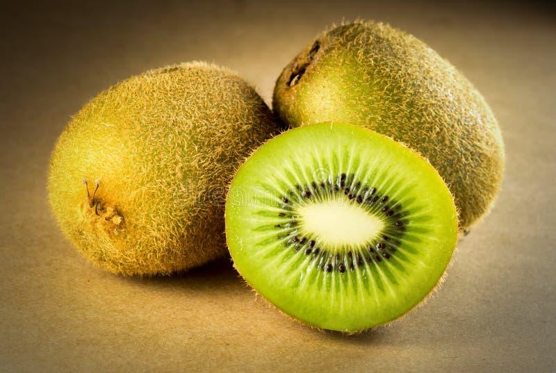 Download Kiwi owoc tło zdjęcie stock. Obraz złożonej z smak, świeży - 57656004