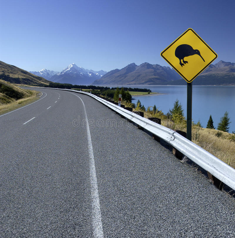 Free Kiwi Road Sign - New Zealand - Mt Cook Stock Images - 21229034