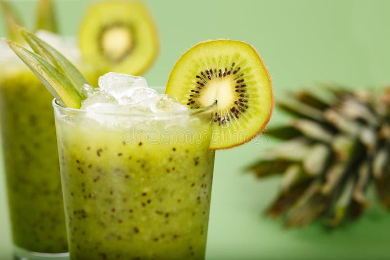 Kiwi smoothie stock afbeelding