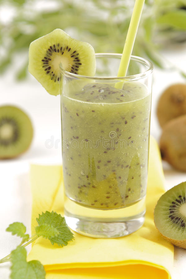 kiwi smoothie obraz stock