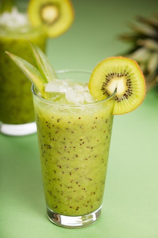 kiwi smoothie zdjęcia royalty free