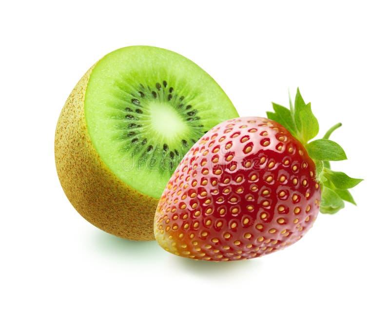 Kiwi und Erdbeere auf weißem Hintergrund stockbilder