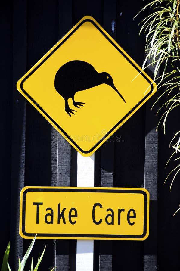 Kiwi-Verkehrsschild stockbild