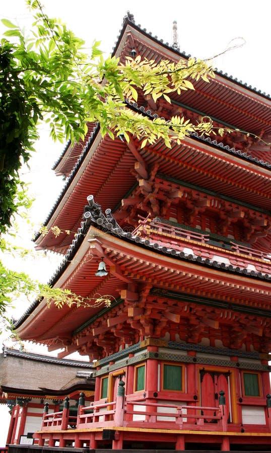 Download Kiyomizu寺庙 库存图片. 图片 包括有 布琼布拉, 拱道, 游人, 屋顶, 崇拜, 日语, 香客, 祈祷 - 190371