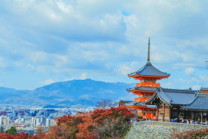Kiyomizu-deratempel ist azenbuddhistisches templein autum Jahreszeit und in einer des populärsten Gebäude inKyoto Japan lizenzfreies stockfoto