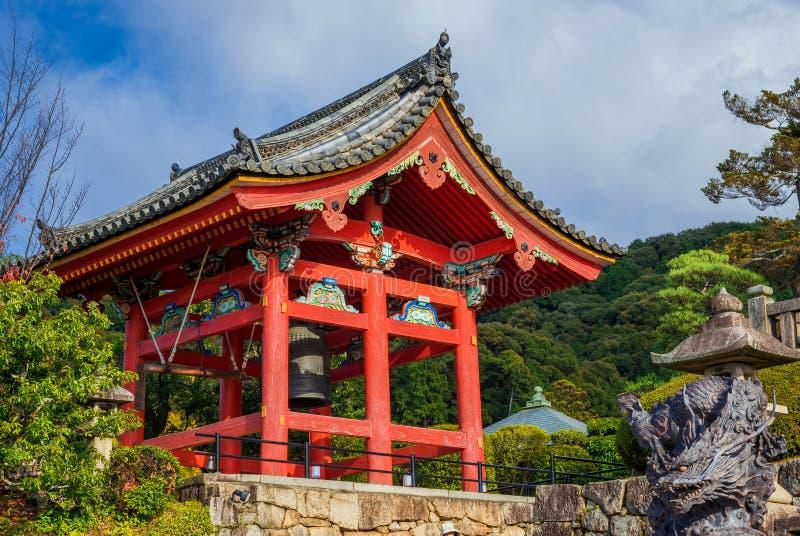 Kiyomizu-Tempel-Glockenturm stockbild