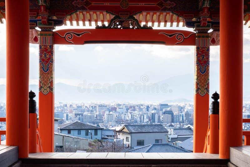 Kiyomizudera is een beroemde Unesco-tempel in Kyoto, royalty-vrije stock fotografie