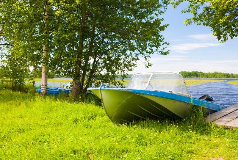 Kizhi dag för landskapsjöträfartyg royaltyfria bilder